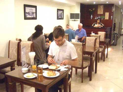 Vor der Stadterkundung gemütlich frühstücken