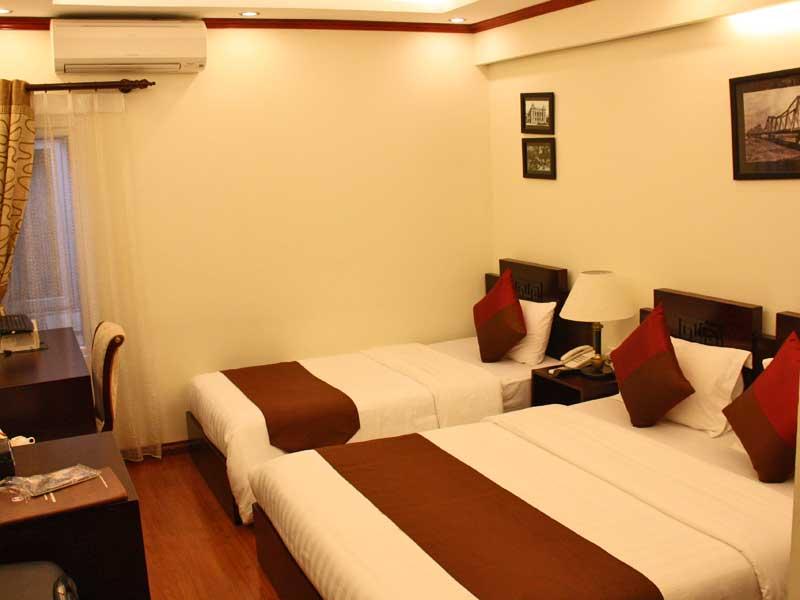 Vietnam Rundreise Hanoi Hotelzimmer