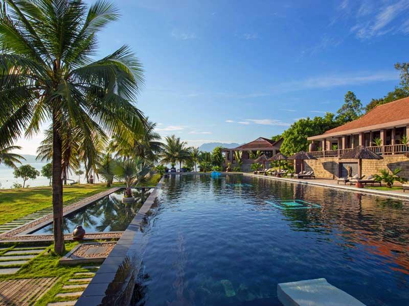 Pool im Resort zwischen Hue und Danang