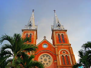 Saigon Ausflüge: Notre Dame Kathedrale