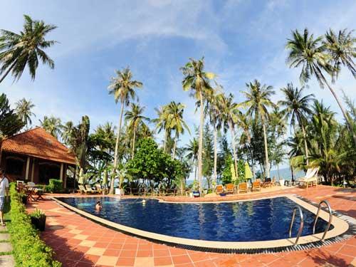 Vietnam Strandurlaub: Erfrischender Pool