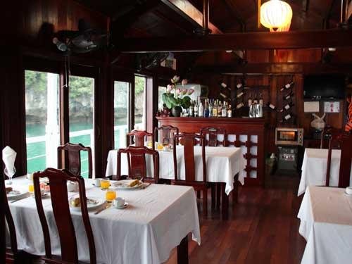 Restaurant auf der Dschunke