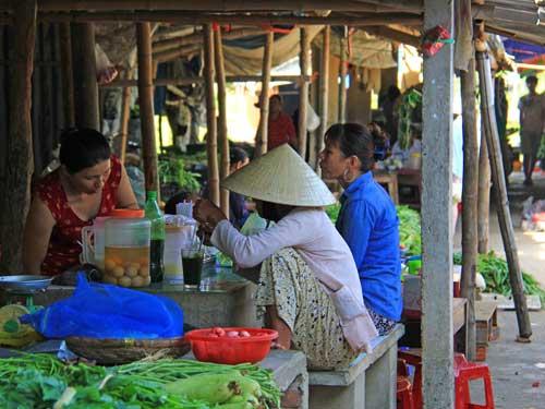 Hoi An Ausflüge: Marktfrauen