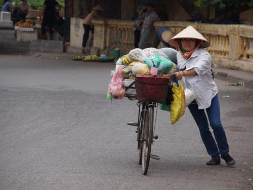 Hanoi Ausflüge: Verkäuferin